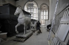 Interlinea Fine Art Services moving the life-sized chalk copy of one of the horses of St Mark's Basilica in Venice